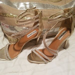 Steve Madden heels. Wore 10 minutes. Lol